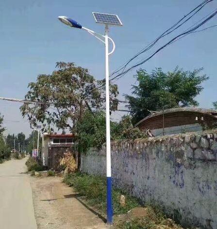 滦南县乡村太阳能路灯30W售后完善