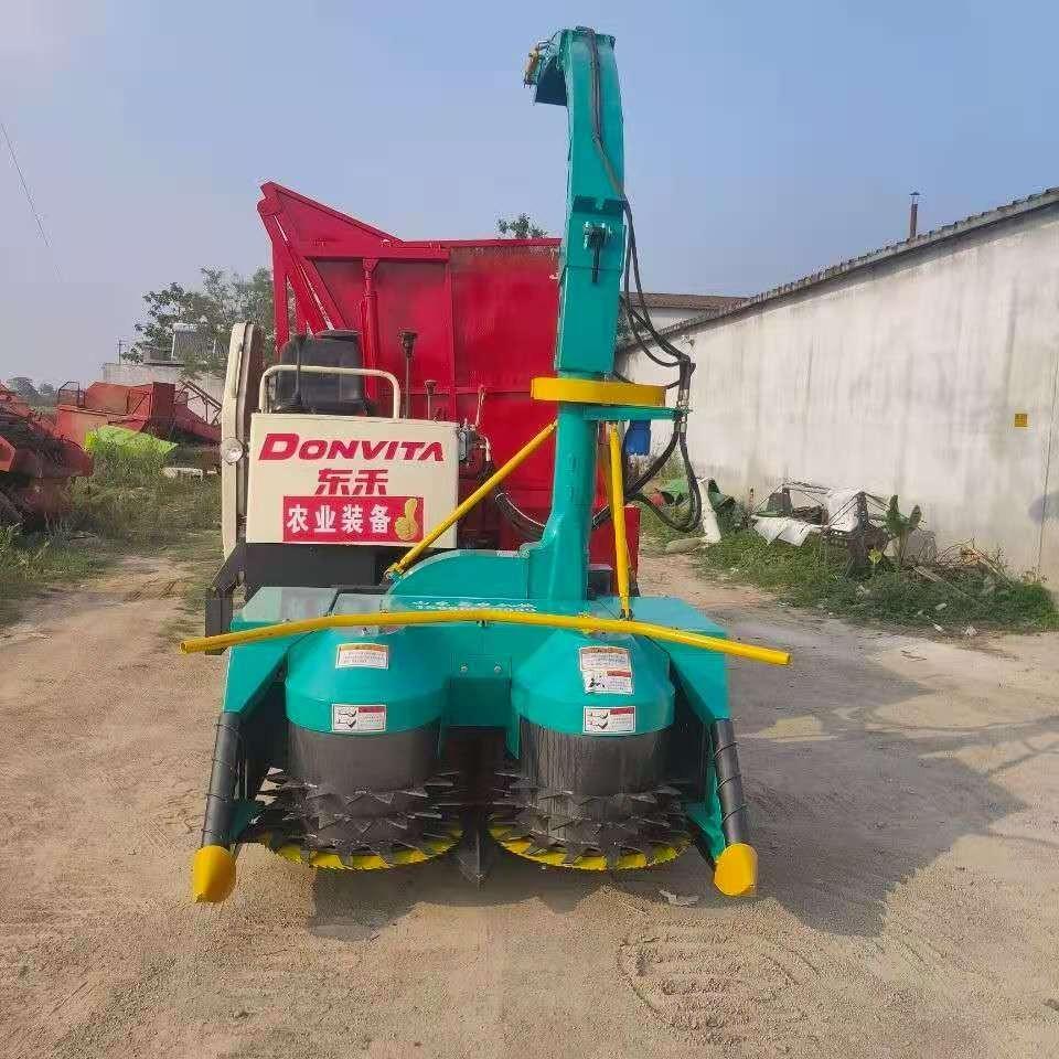 雷沃农机玉米秸秆青储机裹包青贮机械机器图片