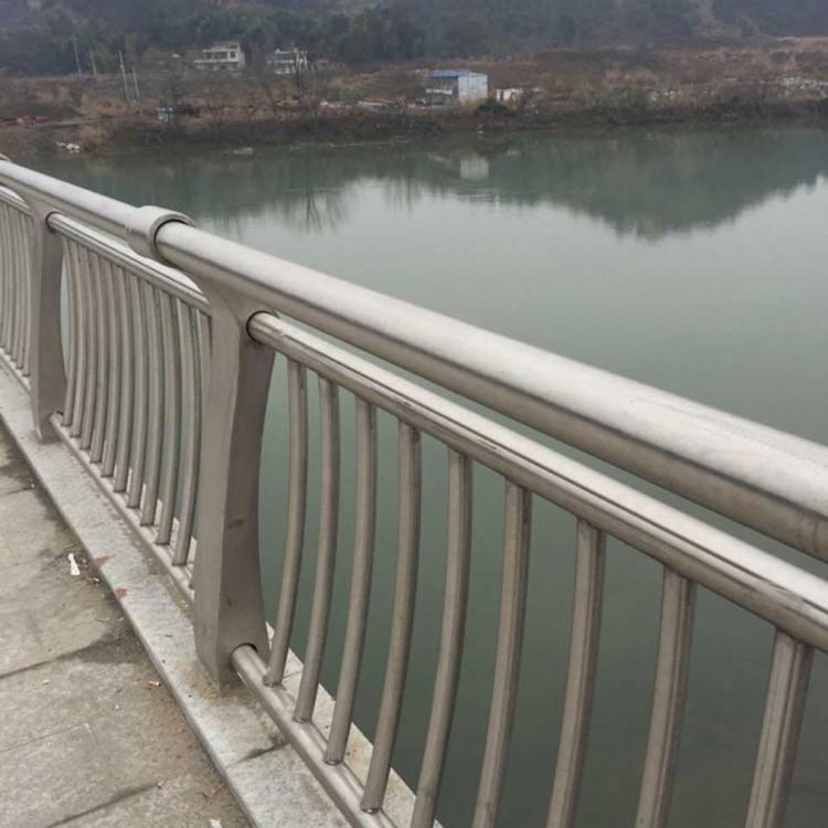 安徽省宿州市市政隔离护栏批发