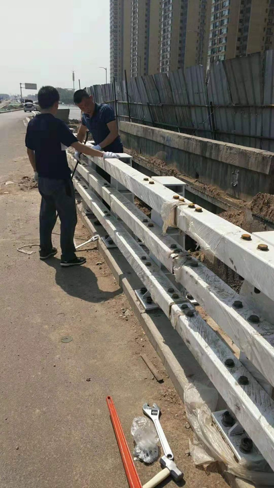 常德304不锈钢复合管天桥防护栏杆施工服务至上