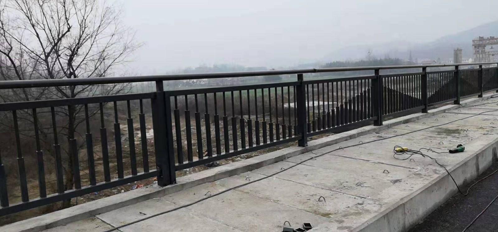 上海防撞护栏大型商家