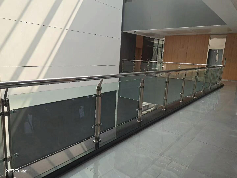 岳陽橋梁鋼板立柱專業提供