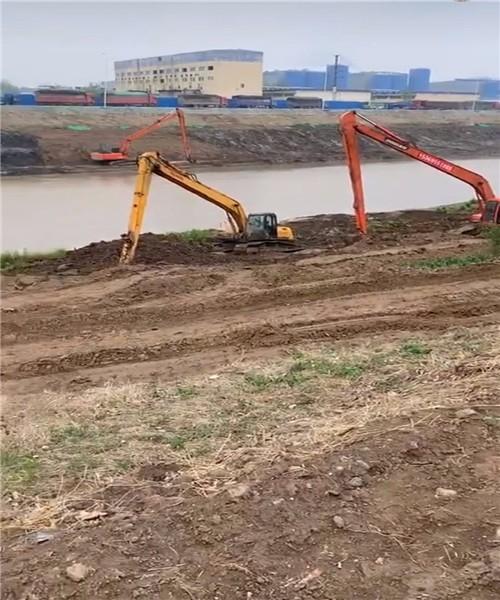 单18米长臂挖机陆挖掘机施工