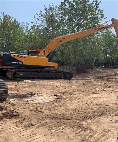 邢台市巨鹿加长臂挖掘机租赁联系方式