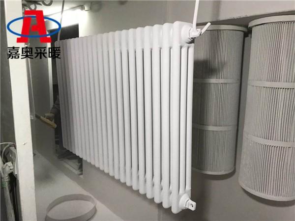 渝中区钢三柱暖气片306钢制柱式散热器壁厚