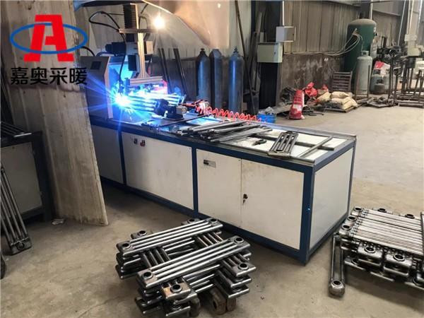 津市钢管四柱散热器gz409钢制柱型散热器型号
