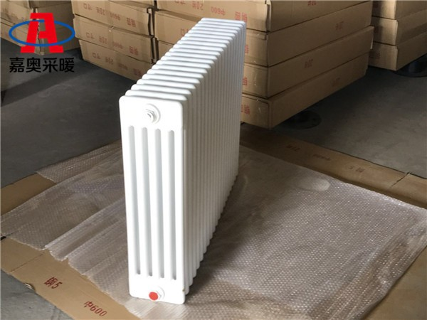 汶川钢管柱型散热器gz506钢管柱型散热器厂家