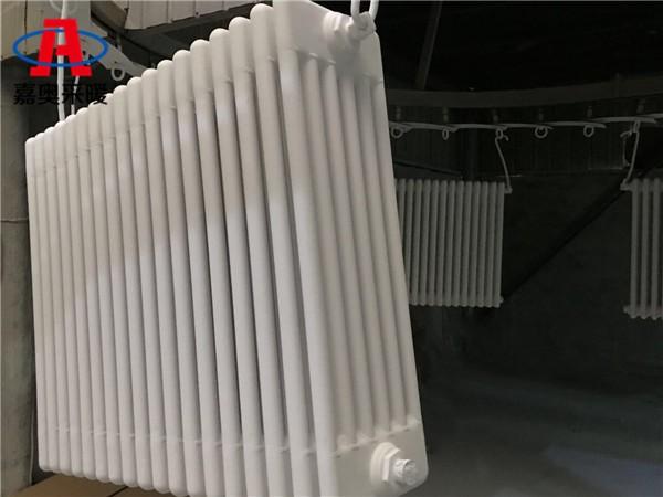 巴南区钢制柱形六柱散热器25片/组钢管柱式散热器厂家