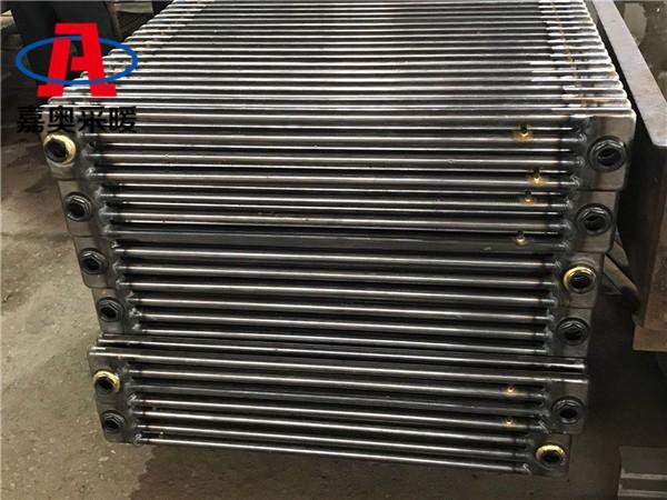 遵义钢制防腐型圆四柱散热器钢管柱型散热器型号
