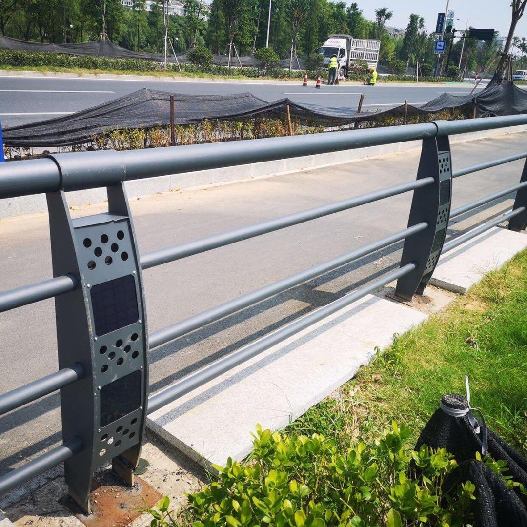 沈阳201不锈钢复合管隔离护栏按需定制