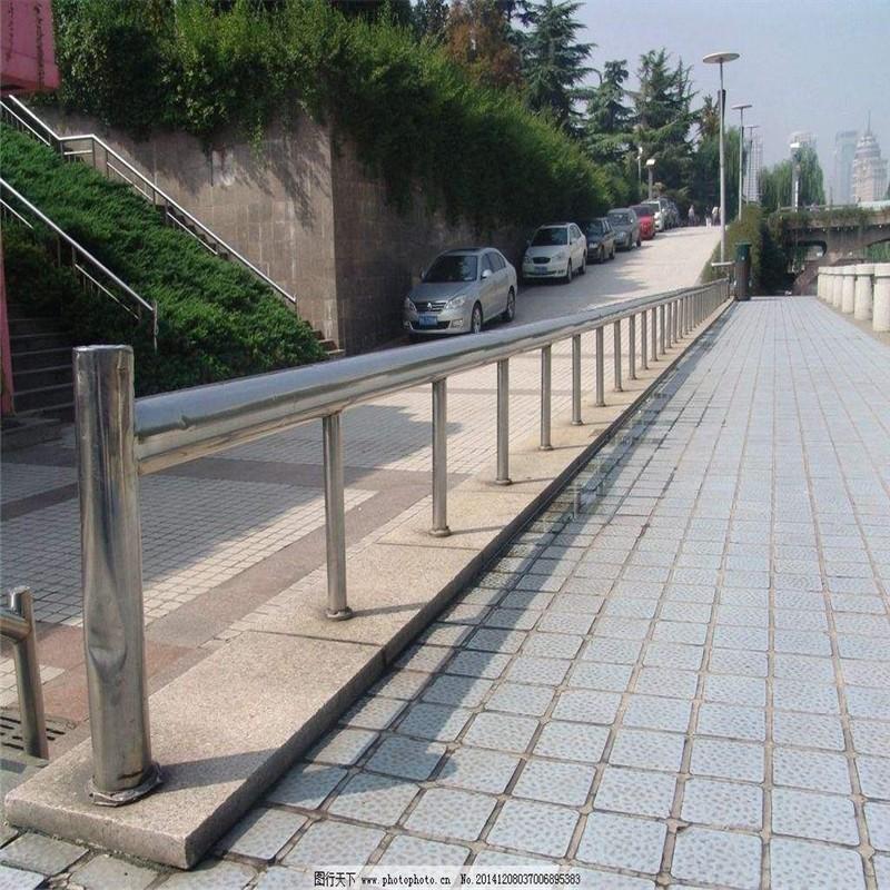 江苏省常州市天宁区304不锈钢复合管河道护栏批发价