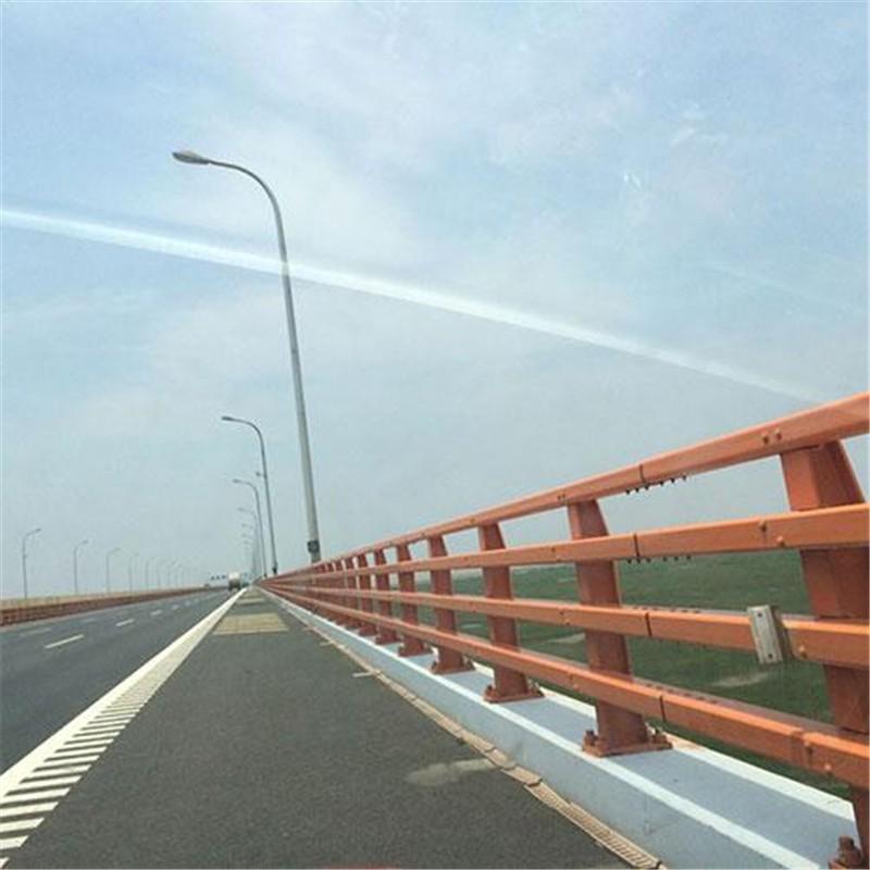 宁夏自治区吴忠市同心县304不锈钢复合管桥梁护栏