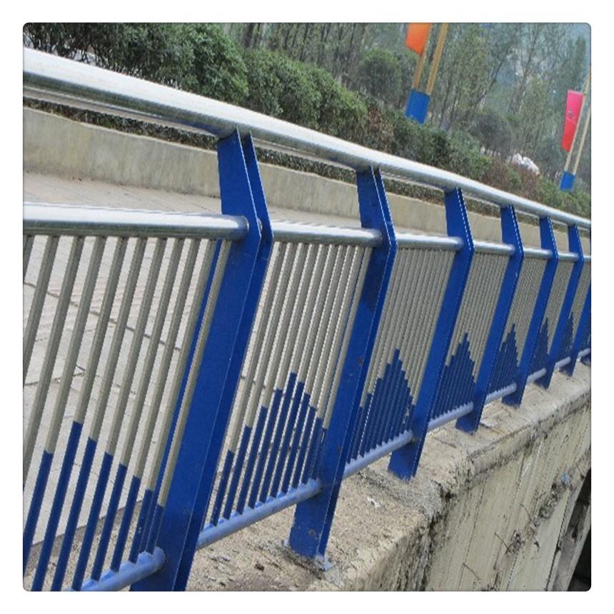 甘肃省武威市民勤县201不锈钢复合管桥梁防撞护栏详情