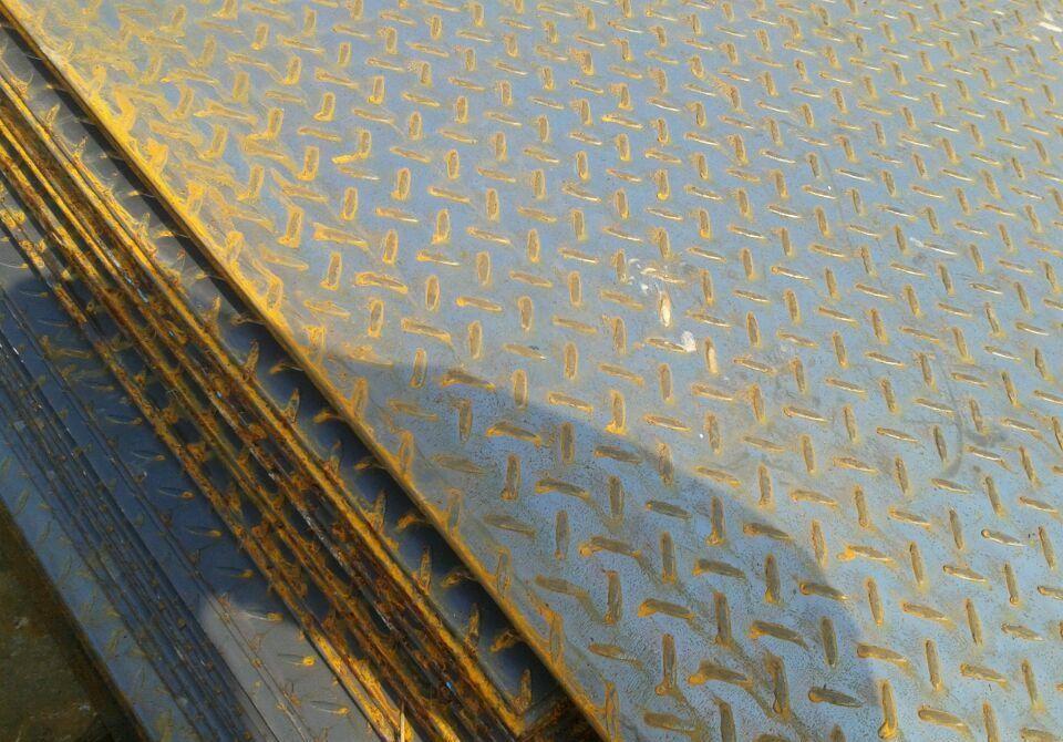 相关标准    按照花纹钢板标准gb/t 3277规定,花纹高度应大于或