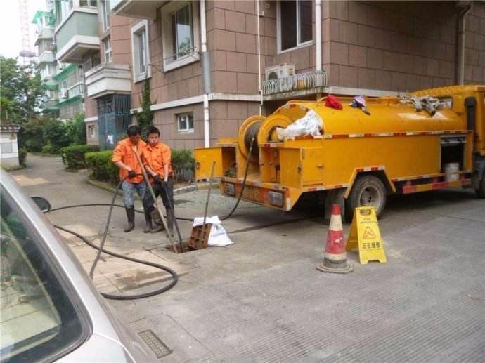 成都市龙泉驿区化粪池清理一成都市龙泉驿区污水池清理公司