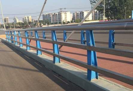 广州201不锈钢碳素钢复合管景观防护栏杆_价格实惠
