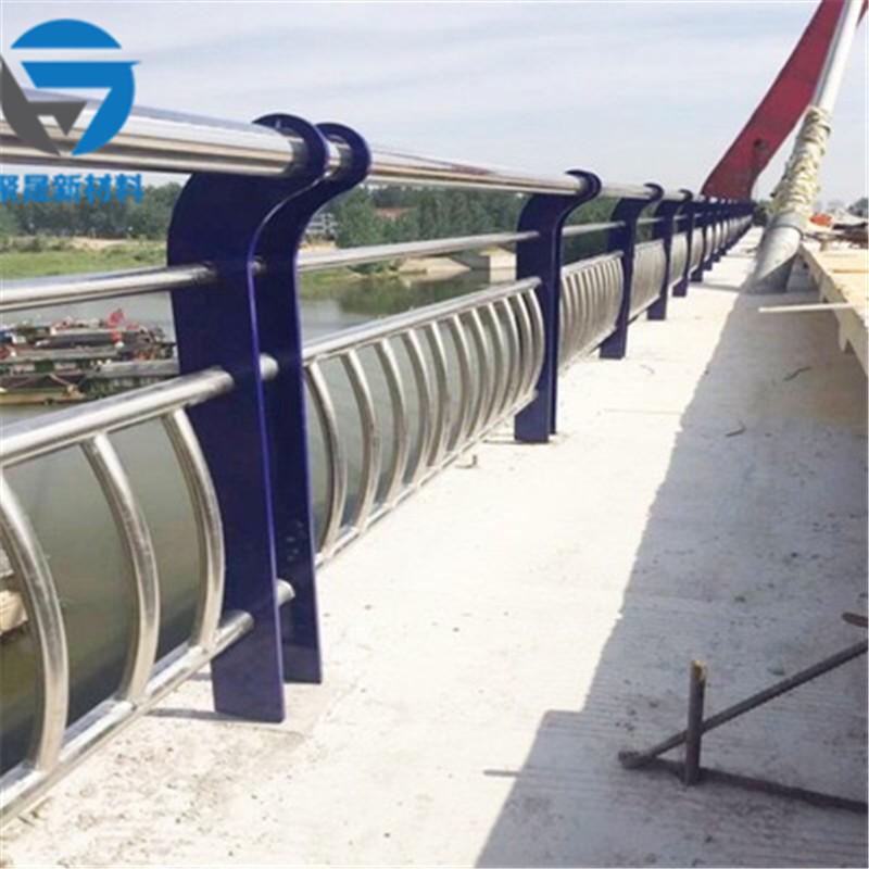 淮南304不锈钢碳素钢复合管梯道护栏市场行情