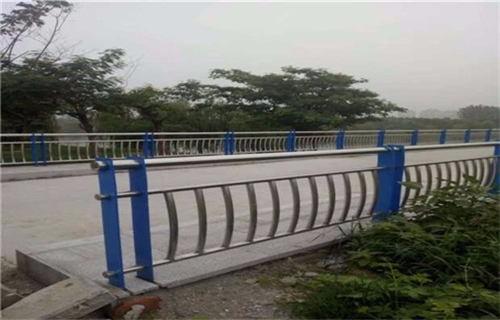 重庆桥梁不锈钢复合管护栏优惠价多少?