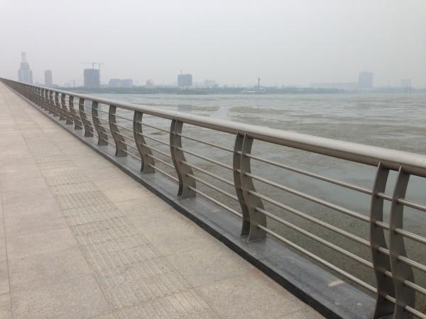 聊城不锈钢复合管护栏厂值得信赖